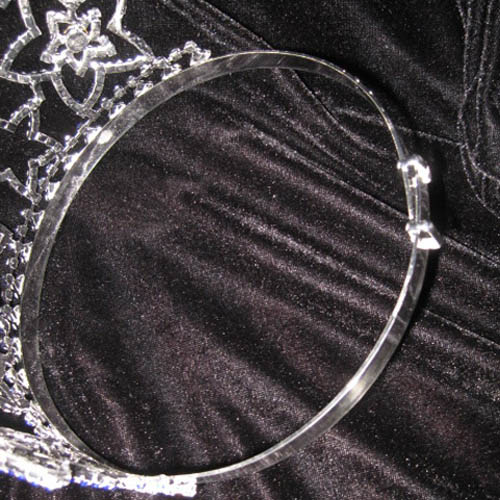 crowns with adjustable band