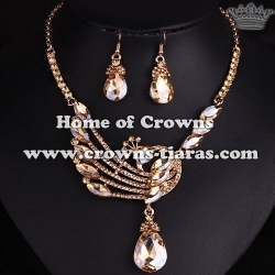 Crystal Peacock Necklace Set With Gold Diamonds