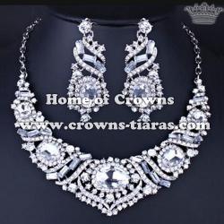 Fashion Crystal Big Diamonds Necklace Set