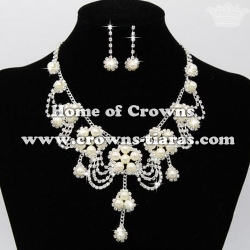 Wholesale Rhinestone Necklace Sets With Pearls