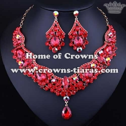 Large Unique Crysal Fashion Show Necklace Sets