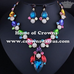 Fashion Queen Necklace Set With All AB Diamonds